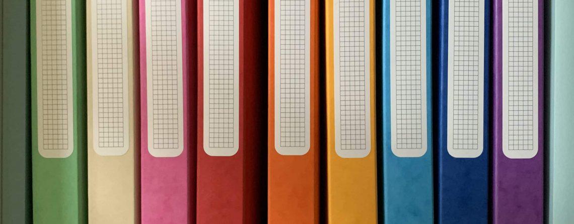 boites de classement colorées