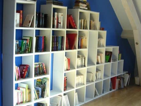 bibliotheque espace sous pente